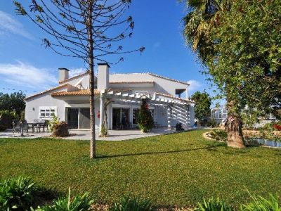 Golden Triangle Algarve Villa For Sale