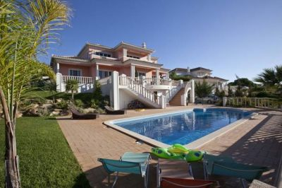 Reduced Villa Near Vale do Lobo Algarve