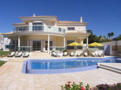 6 Bed Frontline Villa In Gale Albufeira Algarve