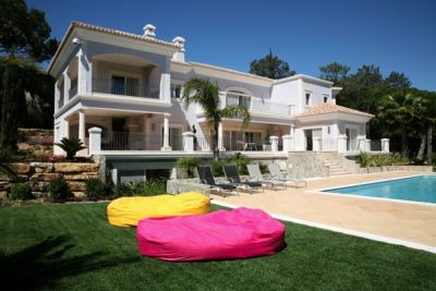 Luxury Golden Triangle Villa For Sale In Algarve