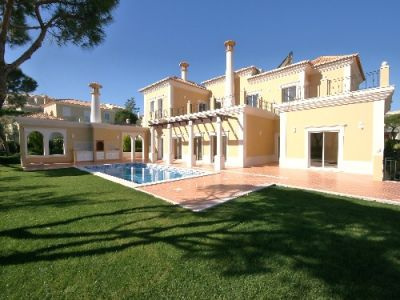 New Villa For Sale In Varandas do Lago Algarve