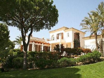 Golf Villa For Sale In Pinheiros Altos Algarve