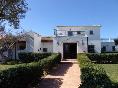 Reduced Luxury Villa In Silves Algarve With Land