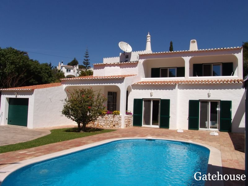 Carvoeiro Traditional Villa For sale in Algarve