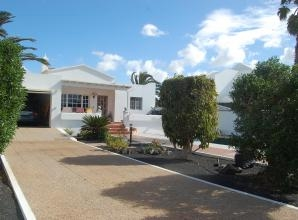 €235,000 - 4 bedroom - Detached Ref: GL1444